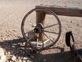 Obsolete wagonwheel — Stock Photo