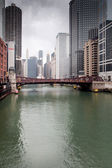 Bridge across a river in a city, La Salle Street Bridge — Foto Stock