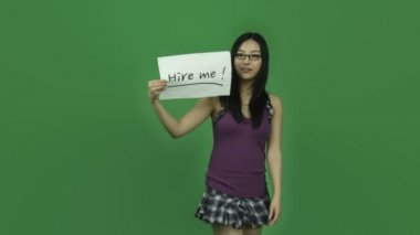 Student unemployed with hire me sign — Stock Video