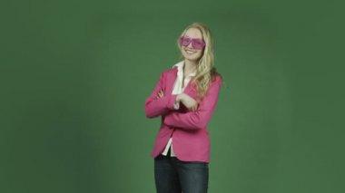 Caucasian woman in pink jacket — Stock Video