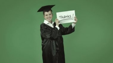 Graduate student with thanks sign — Stock Video