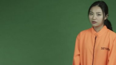 Asian  woman prisoner — Stock Video