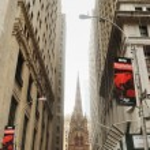 View on saint trinity church on wall street, new york city, usa — Stock Photo #51700165