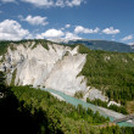Rhine river gorge in Swiss Alps, Switzerland. River winding under high cliffs. — Stock Photo #31553473