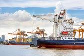 Shipping port — Stock Photo