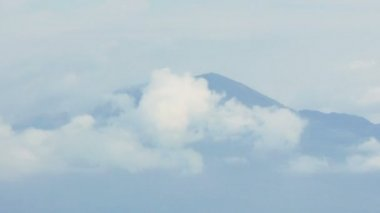 Volcano Mount Vesuvio in the Clouds — Stock Video