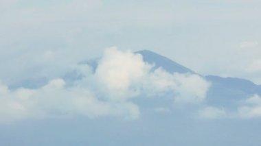 Volcano Mount Vesuvio in the Clouds — Stock Video