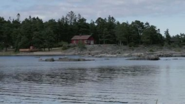 Wybrzeża szwedzkiego fiordu — Wideo stockowe