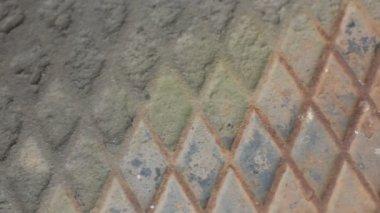Décomposition de texture d'arrière-plan diamant modèle plaque métallique — Vidéo