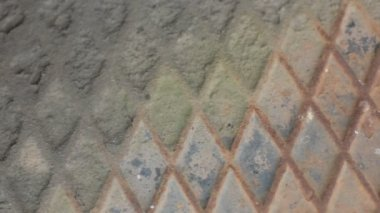 Распадаясь текстуру фона металлическая пластина шаблон diamond — Стоковое видео