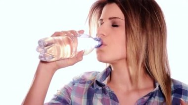 Cute girl drinking water from bottle — Stock Video