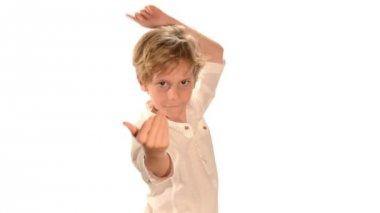 танцы ребенка — Стоковое видео