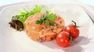 Salmon tartare — Stock Video