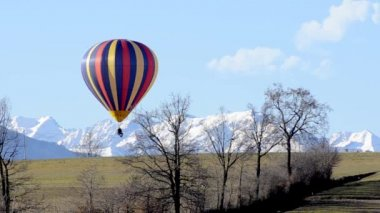 Hot air balloon — Stockvideo
