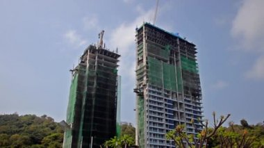 Edificios en construcción — Vídeo de stock