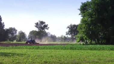 Plowing — Stock Video
