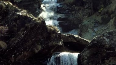 Waterfall in the alps — Stock video