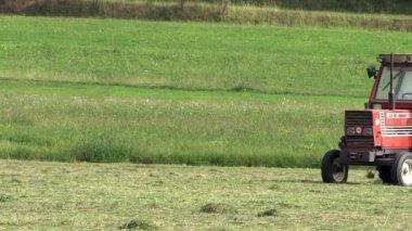 трактор. сельское хозяйство. — Стоковое видео