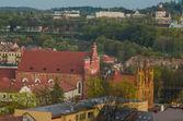 St. Annes Church and Bernardine Church in Vilnius, Lithuania — Stock Photo