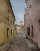 Street in the Old Town of Vilnius, Lithuania — Stock Photo
