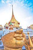 De grootste gouden Boeddha beeld in de wereld — Stockfoto