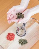 Preparación de té de hierbas — Foto de Stock