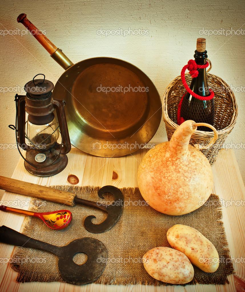 Vintage rustikal Küchenutensilien — Stockfoto © dgem22