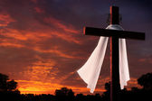 Dramatic Lighting on Christian Easter Crucifixion Cross At Sunrise — Stock Photo