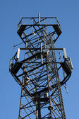 Telecommunications repeater tower — Stock Photo
