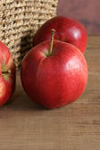 Malus domestica Discovery — Stock Photo