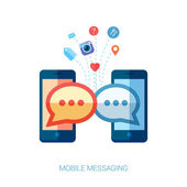 Flat design vector illustration concept. Mobile messaging apps trends icons. set of communicating speech bubbles from mobile phones. — Stock Vector