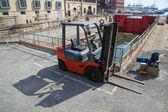 Forklift — Zdjęcie stockowe