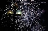 Фейерверк в ночном небе — Стоковое фото