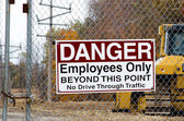 Construction site warning sign — Stock Photo