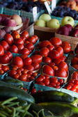 Colorful fruit and veggies — Foto de Stock