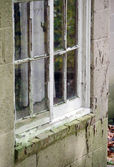 Old window with peeling paint — Stock fotografie