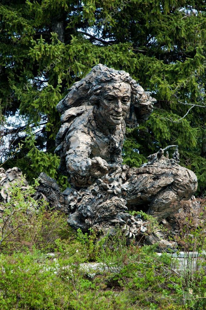 Estatua del jard n de linneo en el jard n bot nico de for Estatuas jardin