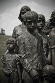 Sculpture of sad children from Lidice — Stock Photo
