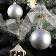 Christmas decorations on tree — Stockfoto
