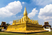 Wat dourado que luang em vientiane, laos — Foto Stock