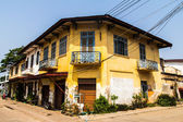 Colonial old building style at Thakhek, Laos. — ストック写真