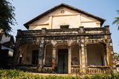 Colonial old building style at Thakhek, Laos. — Stock Photo