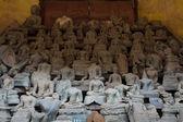 Broken buddha, Vientiane, Laos — Foto Stock