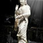 Statue of Bodhisattva Kuan — Stock Photo #41302775