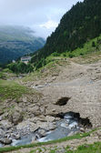Tourist route in the summer Pyrenees — Stock Photo