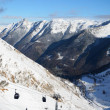 Winter Pyrenees with a gondola lift  — Stock Photo