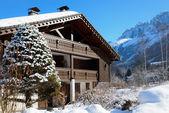 Schroniska narciarskiego w alpach francuskich — Zdjęcie stockowe