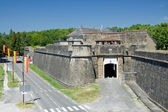 Fortified walls of the French medieval town — Stock Photo
