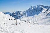 Skipiste in de winter-Pyreneeën — Stockfoto