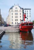 ヘルシンキの汽船からの屋外カフェ — ストック写真